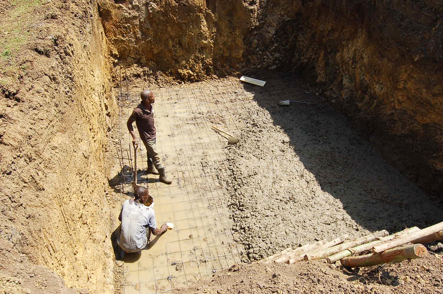 construction-of-a-big-underground-rainwater-tank